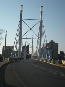 Mandela Bridge, de Jutta Street a Newtown